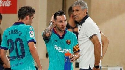 Messi y Setién habrían dialogado a solas durante alrededor de media hora en el entrenamiento del sábado (REUTERS/Albert Gea)