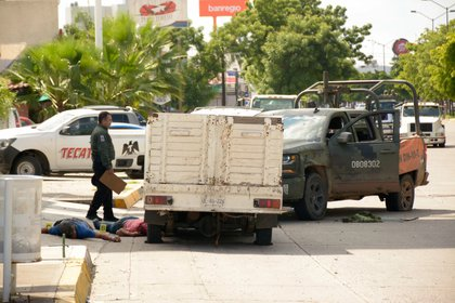 Allí se desató la guerra: los mercenarios de la organización delictiva lograron liberar al joven de 29 años tras lanzar una guerra abierta en todo Culiacán, Sinaloa (Foto: Juan Carlos Ruiz/Cuartoscuro.com)