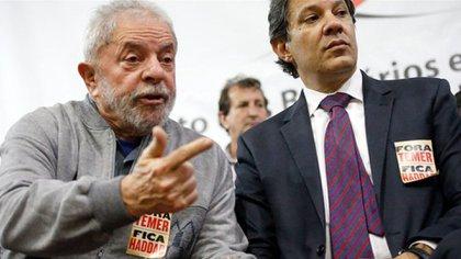 Lula y uno de sus posibles herederos, Fernando Haddad