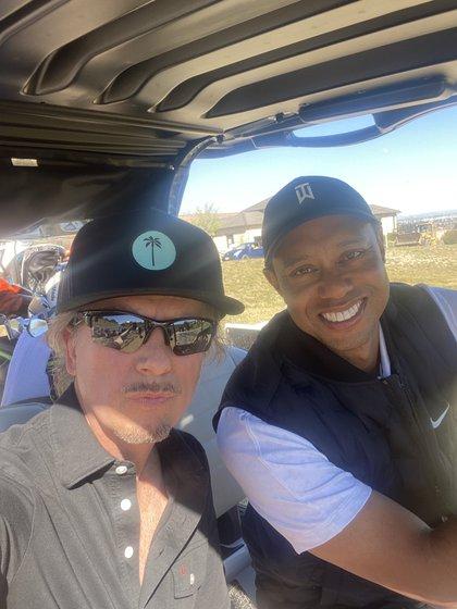 David Spade bromeó en que le dio lecciones al golfista (Foto: Twitter@DavidSpade)