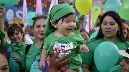 El 19 de febrero se hizo un pañuelazo por el aborto legal en el Congreso de la Nación (Gustavo Gavotti)