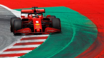 Vettel nunca pudo ganar un campeonato con Ferrari - REUTERS/Leonhard Foeger/Pool