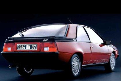 Fue uno de los primeros autos de producción en contar con un motor turboalimentado.