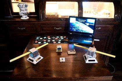Grupo Núcleo y los satélites en miniatura que prepara