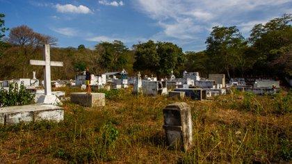 Los panfletos encontrados por algunos habitantes advierten que deben abandonar la localidad ubicada en el departamento de Bolívar (Sucre) si no quieren recibir 'bala'. Crédito: El Tiempo