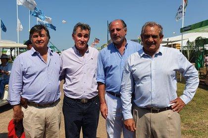 Los integrantes de la Mesa de Enlace rural vienen expresado su preocupación por las medidas del gobierno que afectan al negocio agropecuario