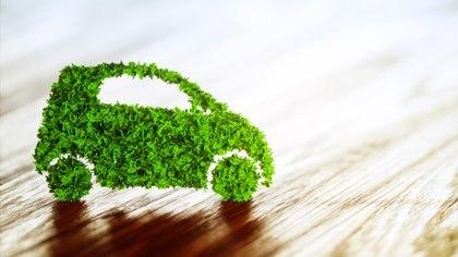 Evitar el uso de automóviles es una gran forma de prevenir emisiones dióxido de carbono (iStock)