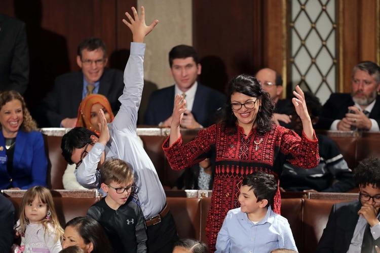 Rashida Tlaibvotando por Nancy Pelosi (Somodevilla/Getty Images/AFP)