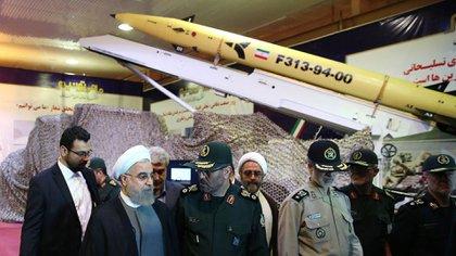Hasan Rohani, durante la exhibición de los misiles persas (Archivo)