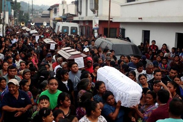 Funeral de las víctimas de la erupción enAlotenango(Reuters/ José Cabezas)
