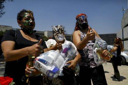 El acto tuvo lugar en el estacionamiento del Velódromo Olímpico en la CDMX (Foto: AP)