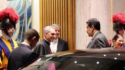 Nicolás Maduro, a su llegada al Vaticano (@PresidencialVen)