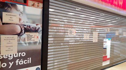La crisis de Garbarino: la cadena cerró más locales y sus empleados reclaman el pago de salarios de marzo y abril