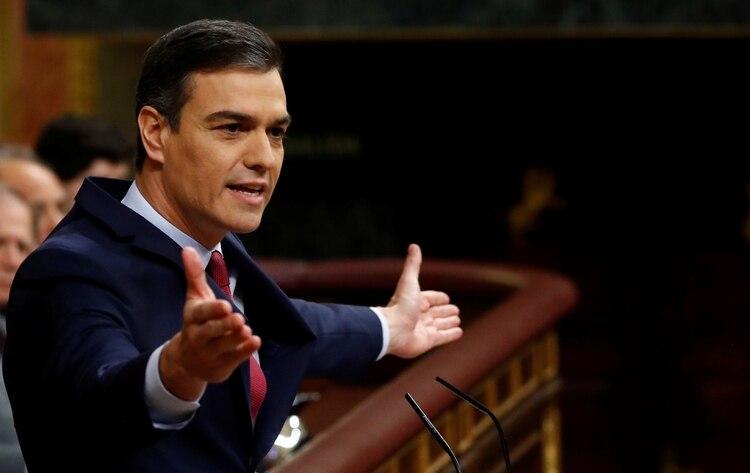 Pedro Sanchez al dar su discurso previo a la votación (REUTERS/Stringer)