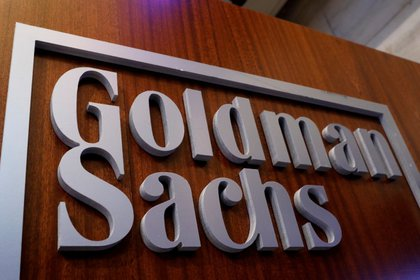 Imagen de archivo del logo de Goldman Sachs en la Bolsa de Nueva York, EEUU. 18 abril 2017. REUTERS/Brendan McDermid