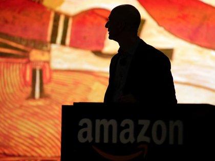 Jeff Bezos fundó Amazon después de reconocer el potencial deinternet.