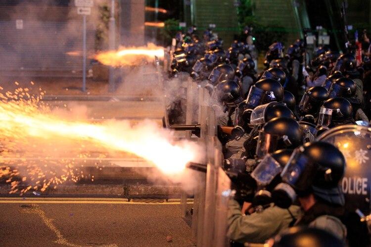 La violencia de la represión ha ido en aumento, con la venia del régimen chino(AP)