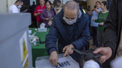 La consulta ciudadana en Mexicali impactó también en el mercado mexicano, de acuerdo con expertos (Foto: Omar Martínez/ Cuartoscuro)