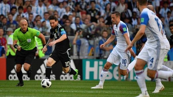 partido incial argentino contra islandia