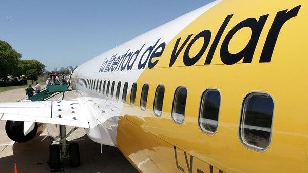Flybondi será la primera aerolínea low cost en volar desde El Palomar el 10 de febrero (Lihue Althabe)