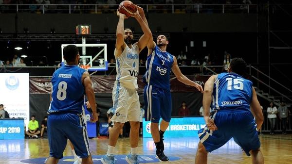 La selección argentina de básquet quiere dar otro paso ante Uruguay (Télam)
