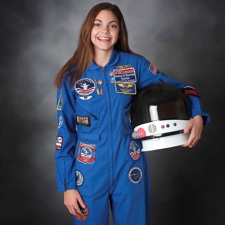 """El padre de Alyssa, Brett Carson, la apoyó incondicionalmente en su elección de ser astronauta, """"algún día partirá en la misión más audaz de la humanidad. Hay que disfrutar de ella contando los días que le quedan hasta que el 2030 irrumpa"""". (@astronauta.urbano)"""