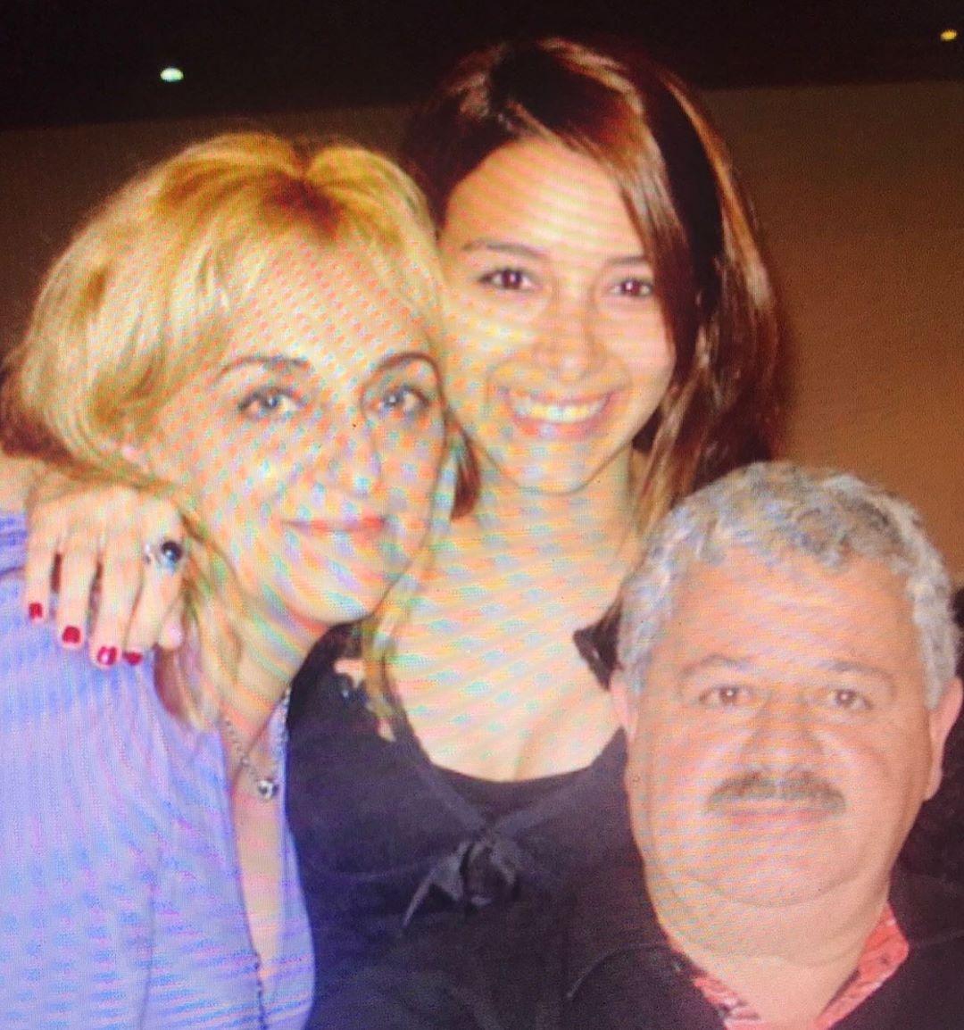 Titi Fernández y familia