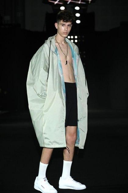 Raimondi fue la única colección masculina, presentó su colección primavera-verano 2020 en la semana de la moda de Buenos Aires con una continuación de la colección de invierno con la incorporación de prendas más livianas