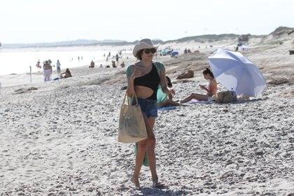 Mariana Genesio, en sus vacaciones de soltera en las playas de Punta del Este (Foto: GM Press)