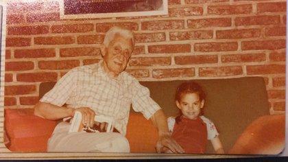 Arturo Illia y su nieta Silvia