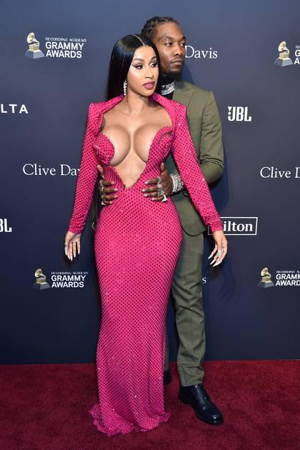 Cardi B y su esposo Offset, en enero pasado durante la pre-gala de los premios Grammy en Beverly Hills, California (Foto: AFP / Gregg DeGuire)