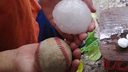 Usuarios compararon el tamaño del granizo con el de una pelota de beisbol (Foto: Red Climática Mundial)