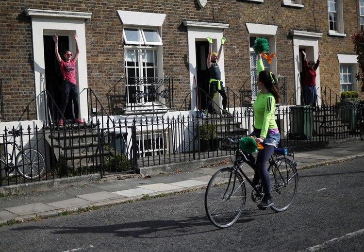 Una clase para vecinos en Londres REUTERS/Hannah McKay