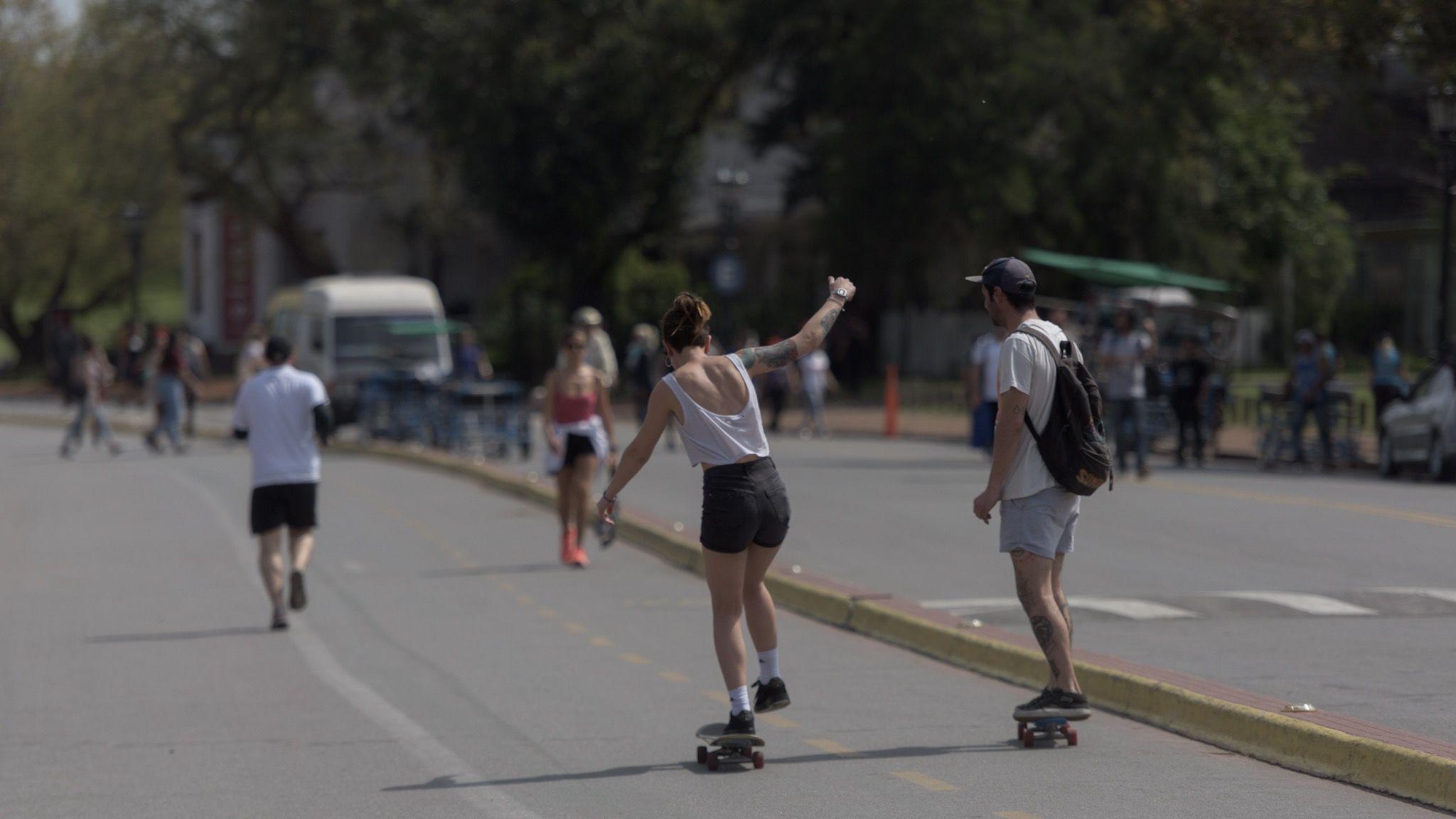 En la Ciudad se habilitarán actividades deportivas individuales o de máximo dos personas a partir de las 8 de la noche (Adrián Escandar)