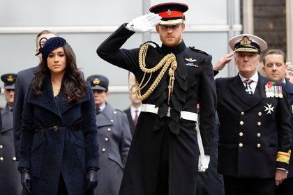 Meghan Markle y Harry cuando aún eran parte de la realeza británica (Shutterstock)