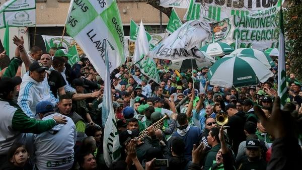 La estructura de Camioneros le garantiza a Moyano la convocatoria a una protesta callejera