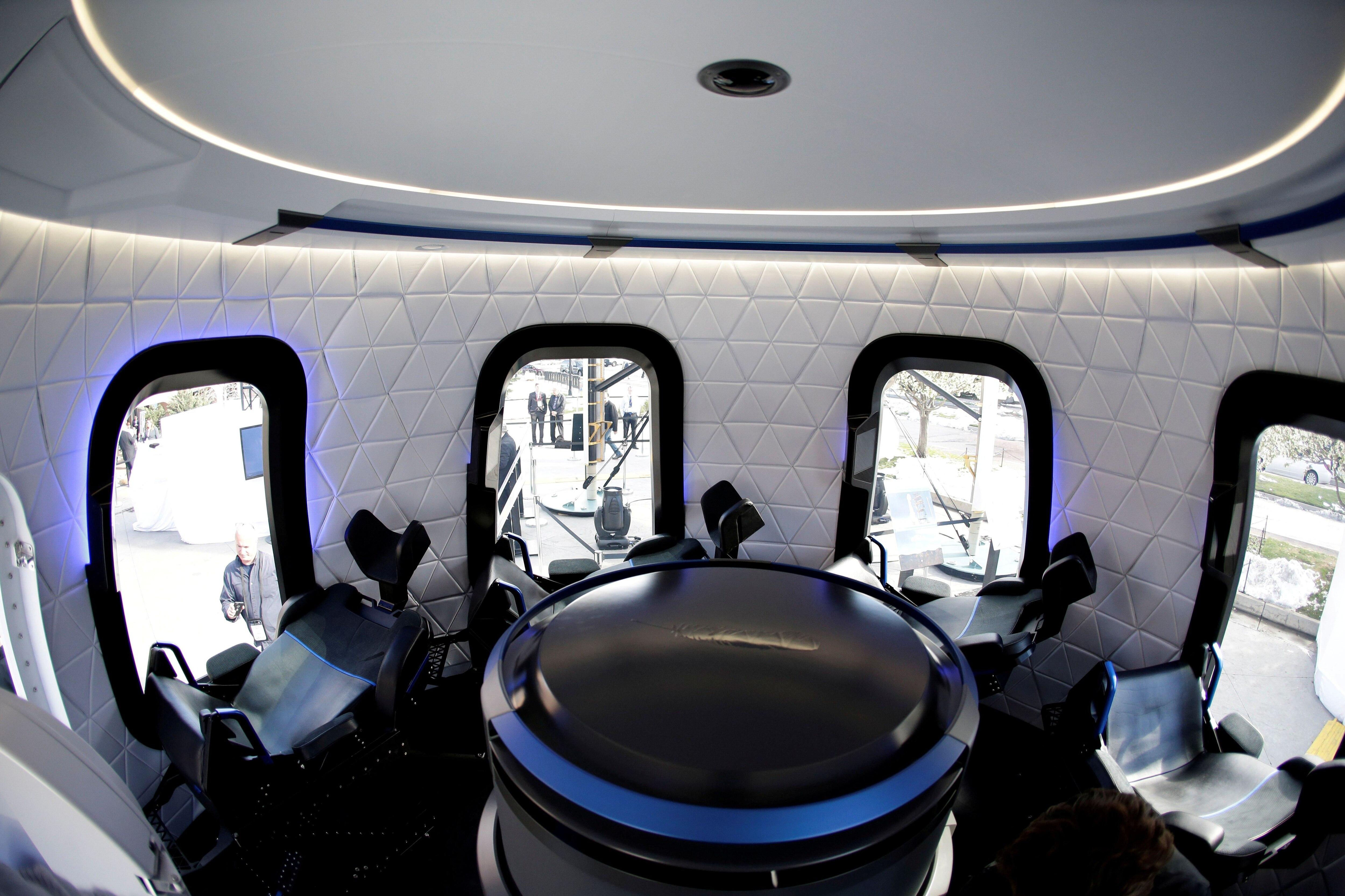 El interior de la capsula Blue Origin Crew Capsule (REUTERS/Isaiah J. Downing/archivo)
