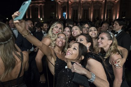 La selfie de las amigas de Pampita