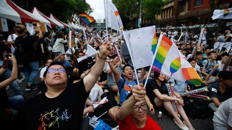 Queer son aquellas que piensan fuera de la heteronormatividad (Foto: EFE)