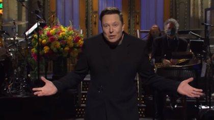 Elon Musk reveló en Saturday Night Live que tiene Asperger