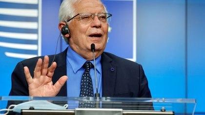 """Josep Borrell afirmó que apoyará """"todo lo que pueda"""" la iniciativa de Juan Guaidó porque la Unión Europea apuesta por el diálogo"""