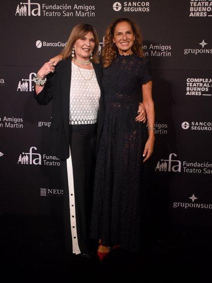 Sofía Neiman junto a la modelo y empresaria Ginette Reynal