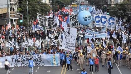 Movilización de Barrios de Pie (Télam)