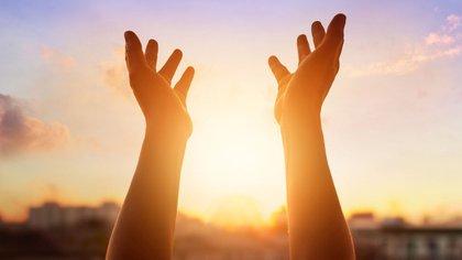 La creencia en un Dios activa zonas del cerebro asociadas al placer (iStock)