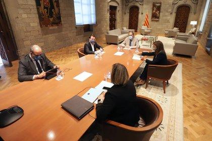 Quim Torra, Pere Aragonès, Alba Vergés, Meritxell Budó y Miquel Buch, durante la reunión de este sábado