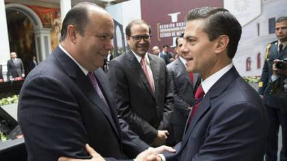 César Duarte, junto al ex presidente Enrique Peña Nieto (Foto: Archivo)