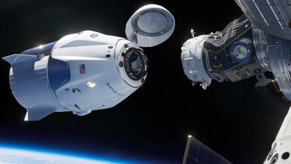 Desde 2011, cuando terminó el programa de los transbordadores espaciales, EEUU no tiene capacidad técnica para enviar hombres al espacio