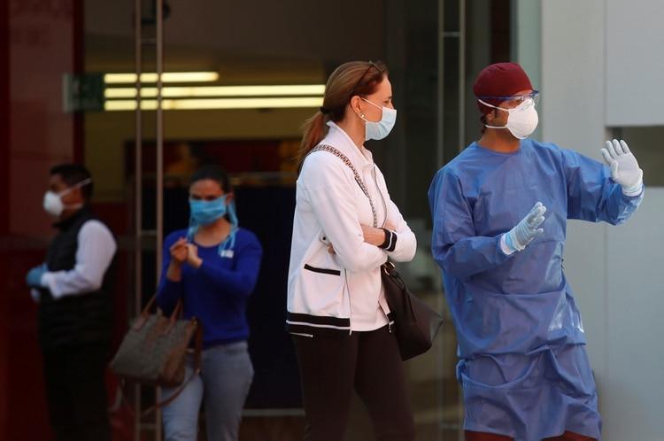 México ya registra seis defunciones por COIVD-19 y se encuentra en la fase 2 de la epidemia (Foto: Gustavo Graf/ Reuters)