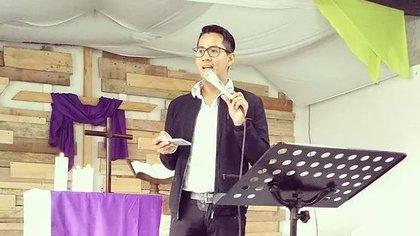 Jhon Botia Miranda, primer pastor gay de la Iglesia Colombiana Metodista de Bogotá. Foto: redsomos.org