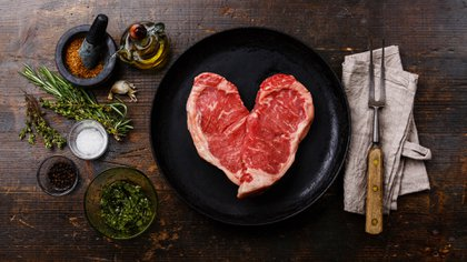 Las carnes rojas se incluyen en la dieta alta en grasas (iStock)